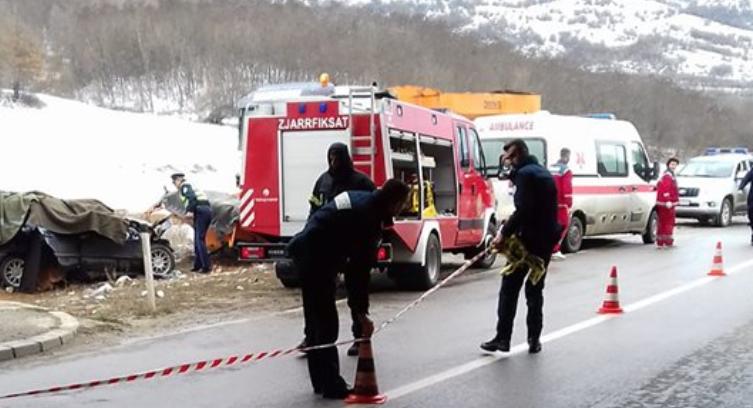 Tragjedia në Zhur të Prizrenit: Sot varrosen viktimat, babai me dy djemtë e tij