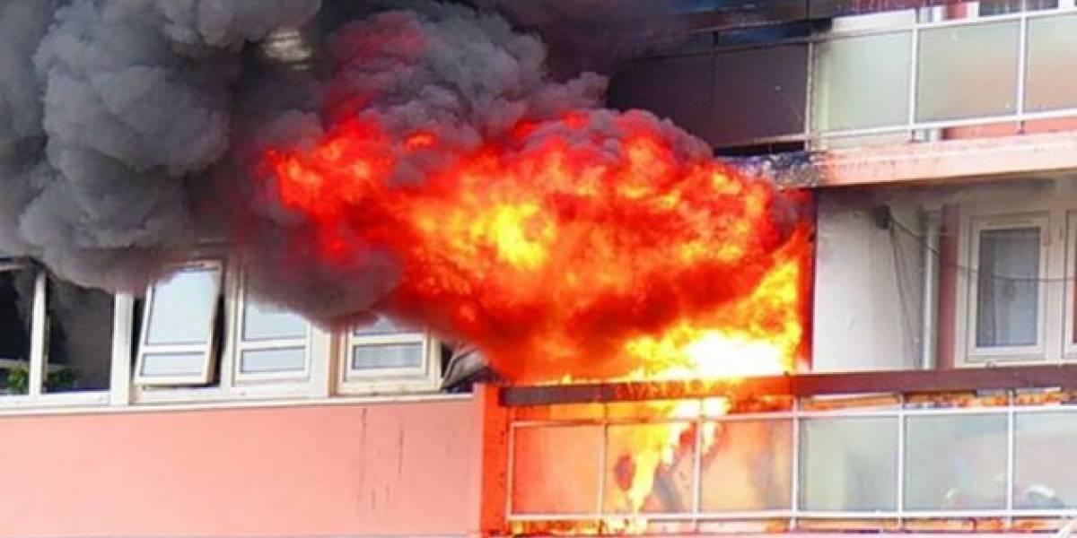 13 persona lëndohen pas zjarrit në një banesë në Durrës