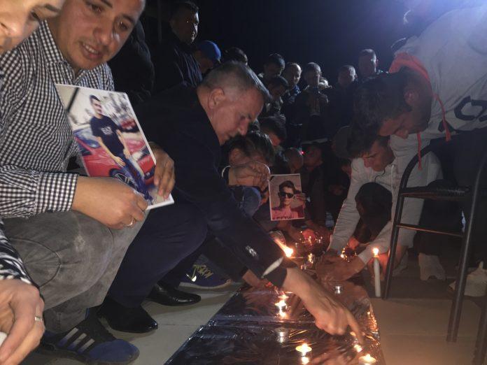 Në Lipjan ndizen qirinj në kujtim të viktimave nga aksidenti në Duhël të Suharekës
