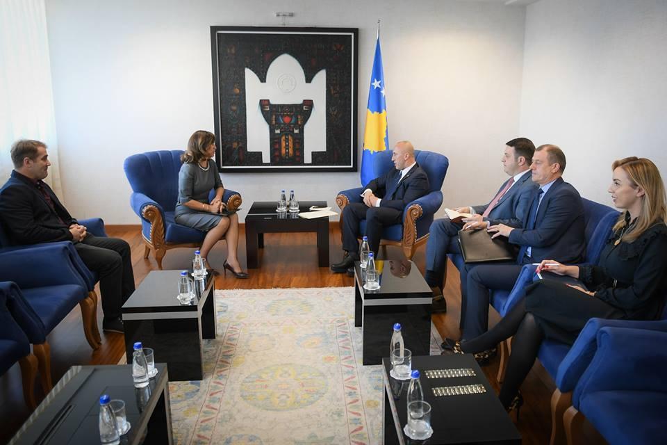 Haradinaj takohet me zyrtarët e KQZ-së, ja çka u diskutua