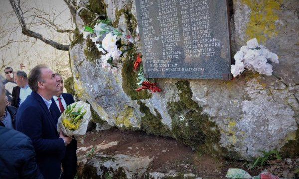Limaj në përvjetorin e masakrës së Burimit bën thirrje për zbardhjen e krimeve serbe në Kosovë
