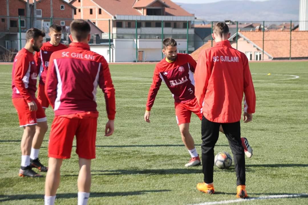 Lista e futbollistëve të Gjilanit të ftuar për takimin kundër KEK-ut