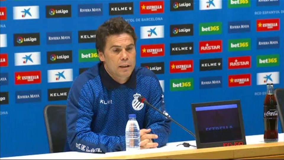 Trajneri i Espanyollit kërcënon Barcelonën