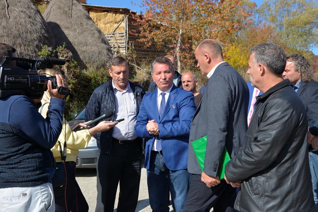 Sot nisin punimet në rrugën nacionale Prishtinë-Mitrovicë