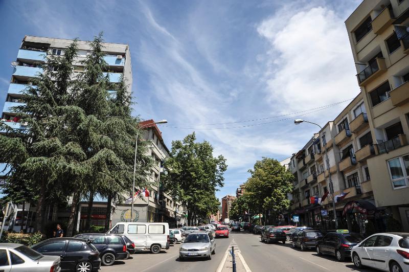 Zv/ministri për Komunitete dhe Kthim: Kontrabandën në veri po e bëjnë shqiptarët në bashkëpunim me serbë