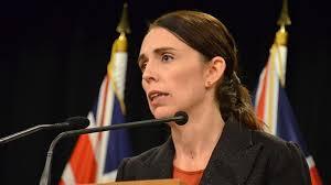 """Kryeministrja e Zelandës së Re përshëndet me """"Salam Alejkum"""" në ceremoninë përkujtimore"""