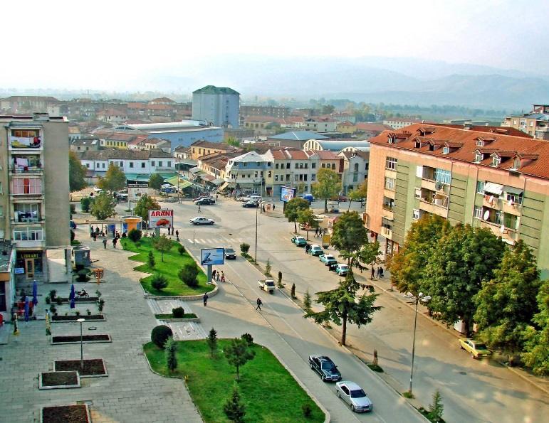 Djali i merr jetën nënës 80 vjeçare në Korçë