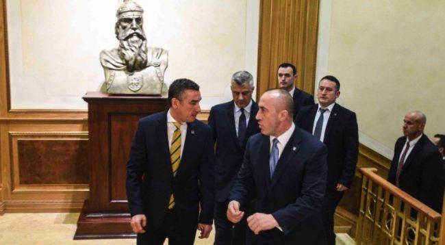 Thaçi: Taksa nuk e prish miqësinë time me Ramush Haradinajn e Kadri Veselin