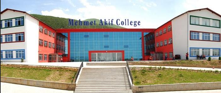 Nxënësit e Kosovës fitojnë katër projekte në garën ndërkombëtare të IT