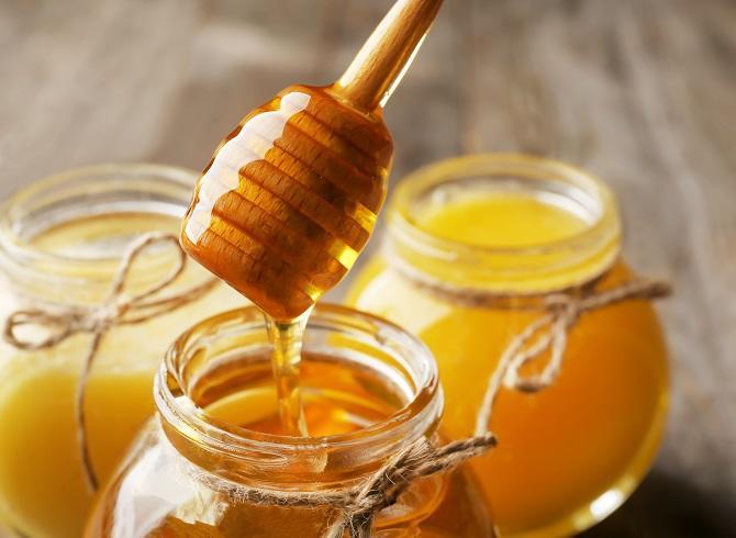 Ja pse duhet të hani mjaltë në mëngjes