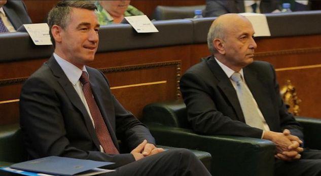 Veseli tallet me LDK-në: Jemi shembull i demokracisë për ta