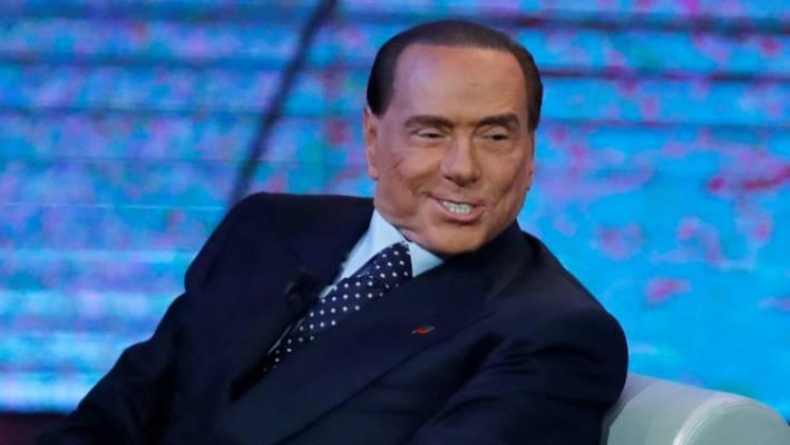 Silvio Berlusconi përfundon në spital