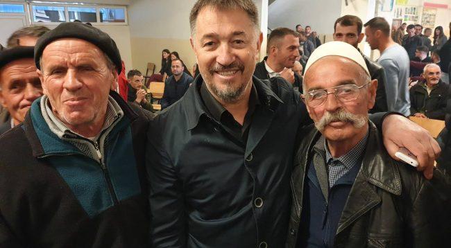 Lushtaku flet pas raportimeve për përleshje fizike  në PDK-në e Skenderajt