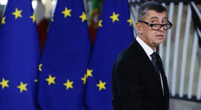 Policia çeke kërkon të ngrihet aktakuzë ndaj kryeministrit Babis