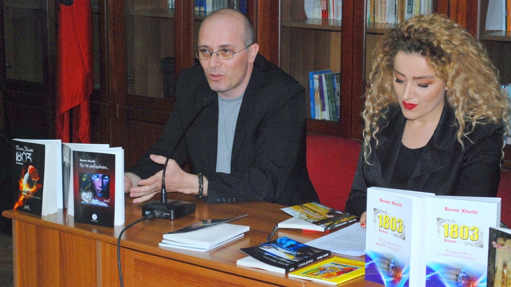 Promovohet në Tiranë dhe Korçë krijimtaria e Besim Xhelilit