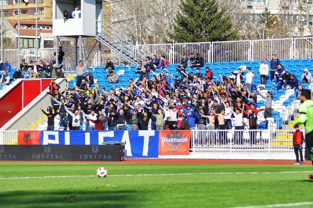 """""""Plisat"""" reagojnë për vendimin që derbi kosovar të luhet në """"Fadil Vokrri"""""""