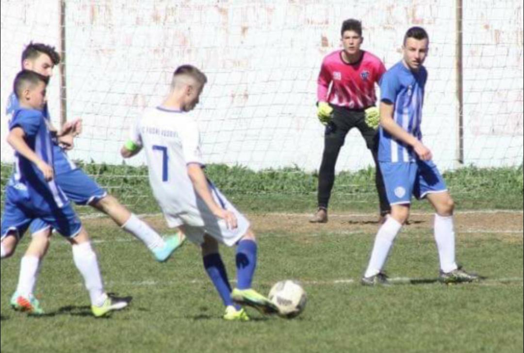 Njihuni me super talentin e Fushë Kosovës