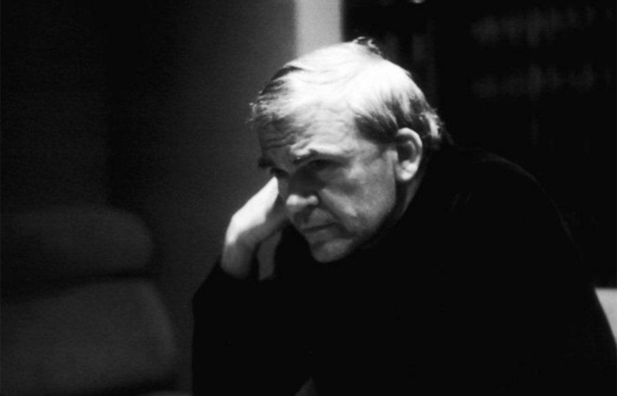 Kundera mbush 90 vjeç