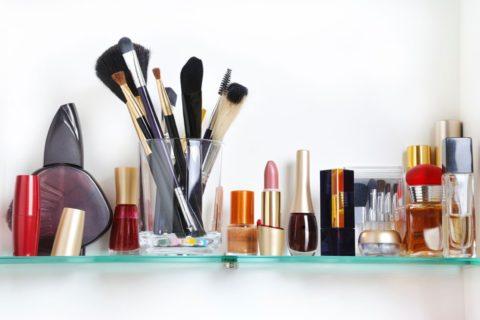 Këto produkte kozmetike duhet t'i mbani në frigorifer