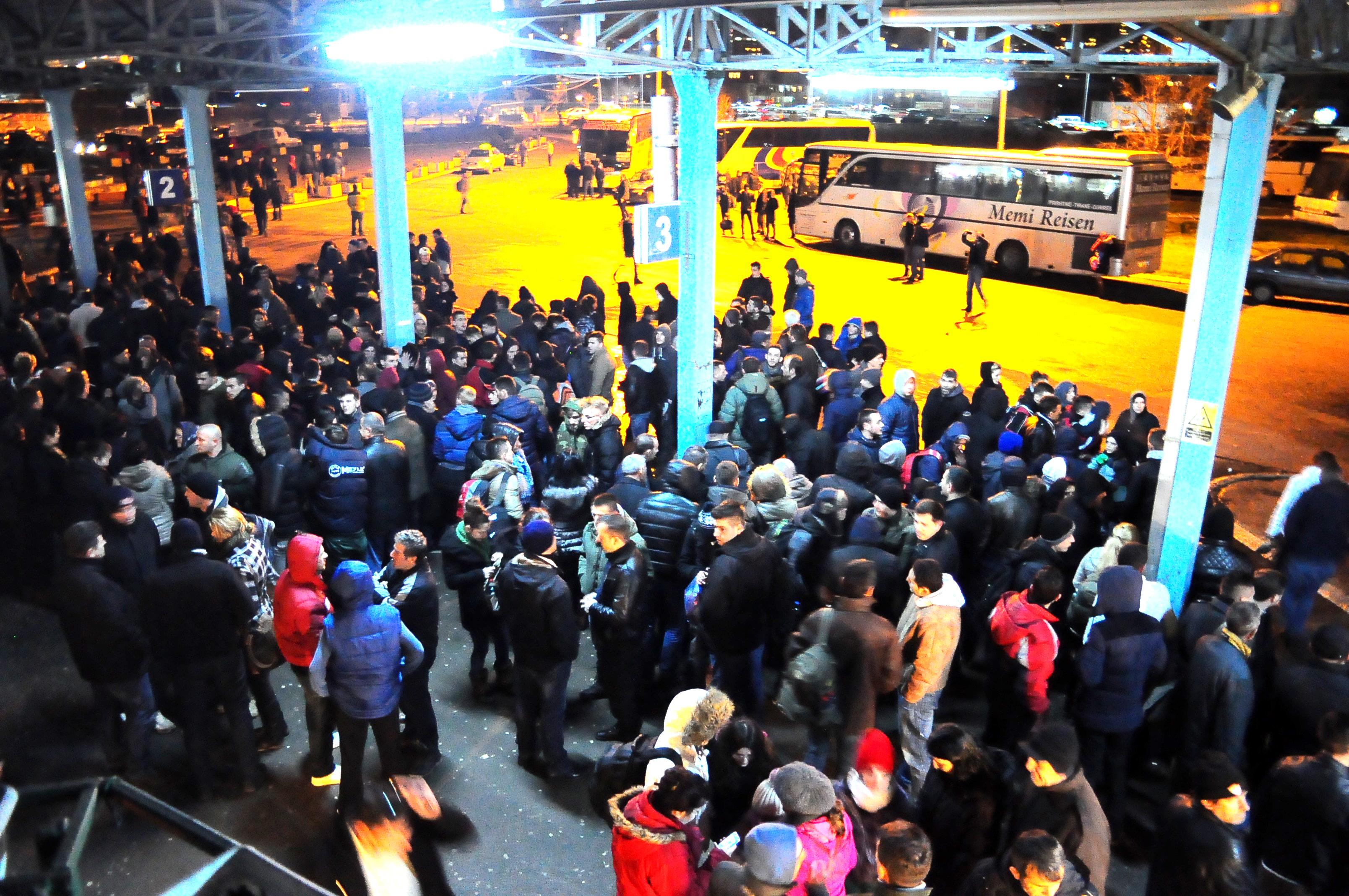 Rritet migrimi për qëllime punësimi në Evropë, Kosova po boshatiset