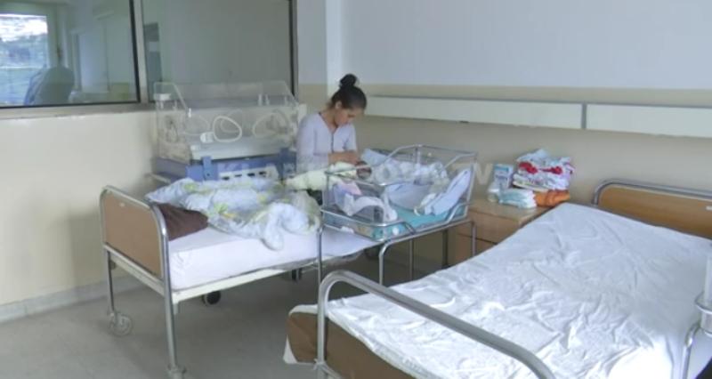 28 vjeçarja që lindi në tregun e Kamenicës, 2 vjet më parë kishte lindur edhe në parkun e qytetit