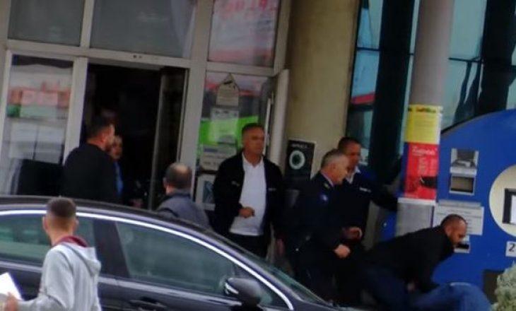 51-vjeçari tenton ta takojë Kryetarin e Ferizajit, shkakton skandal pasi nuk e arrin qëllimin