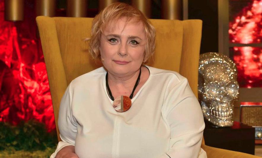 """Vajza e madhe e Vaçe Zelës rrëfen: """"Mamaja u sëmur për herë të parë kur e nxorrën në pension!"""""""
