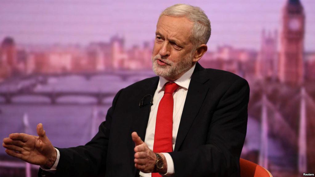"""Britania shpall """"gjendje emergjente për ambientin dhe klimën"""""""