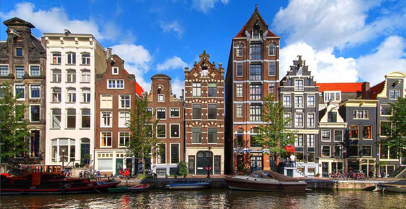 Amsterdami rrit taksat për turistët