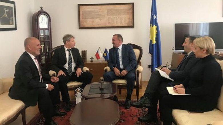 Çekia premton përkrahje për Kosovën sa i përket liberalizimit të vizave
