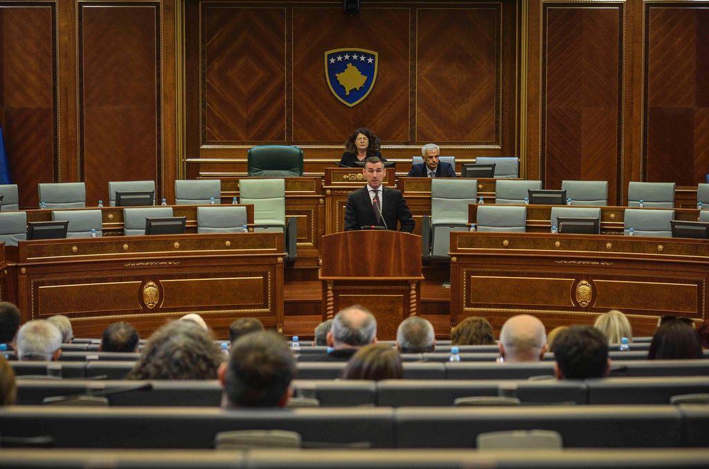 Veseli: Për krimet e luftës në Kosovë janë dhënë 189 vjet dënime për shqiptarët, 29 vjet dënime për serbët