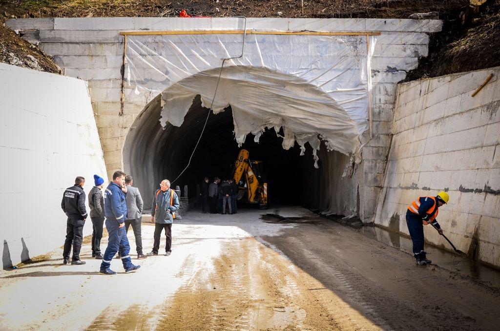 Sot hapet tuneli në hyrje të Mitrovicës