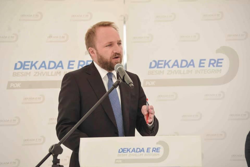 Tahiri: Kadri Veseli është kryeministër në ardhje
