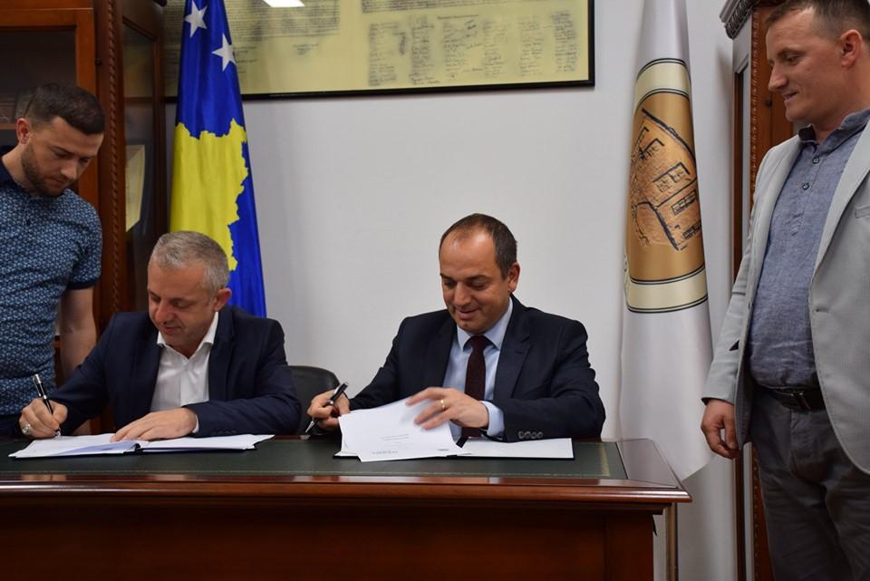 'Jetimat e Ballkanit' dhe Komuna e Prizrenit do t'i ndërtojnë 30 shtëpi