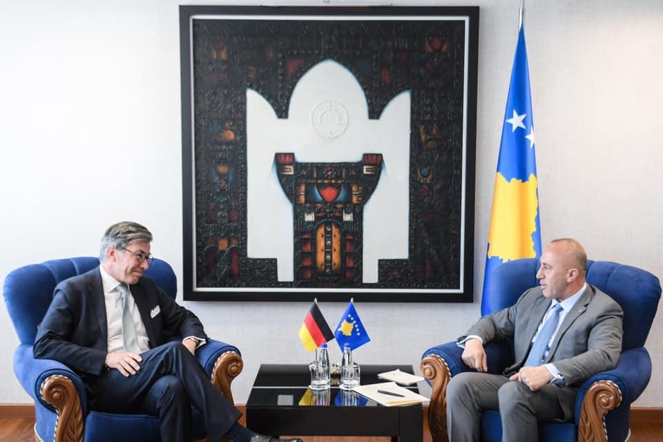 Haradinaj në takim me ambasadorin gjerman, flasin për pritjet në takimin e Parisit