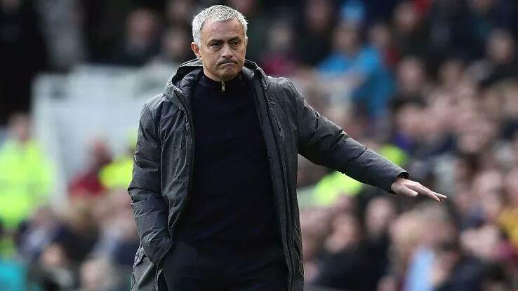 Mourinho godet Kloppin dhe Guardiolan