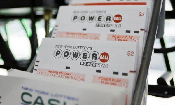 I sheh ëndërr numrat e lotarisë, i ndodh e papritura 64-vjeçares