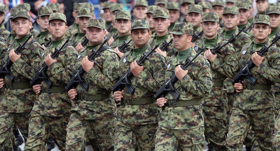 Keni për ta parë sa e fuqishme është ushtria e Serbisë, thotë Vuçiqi