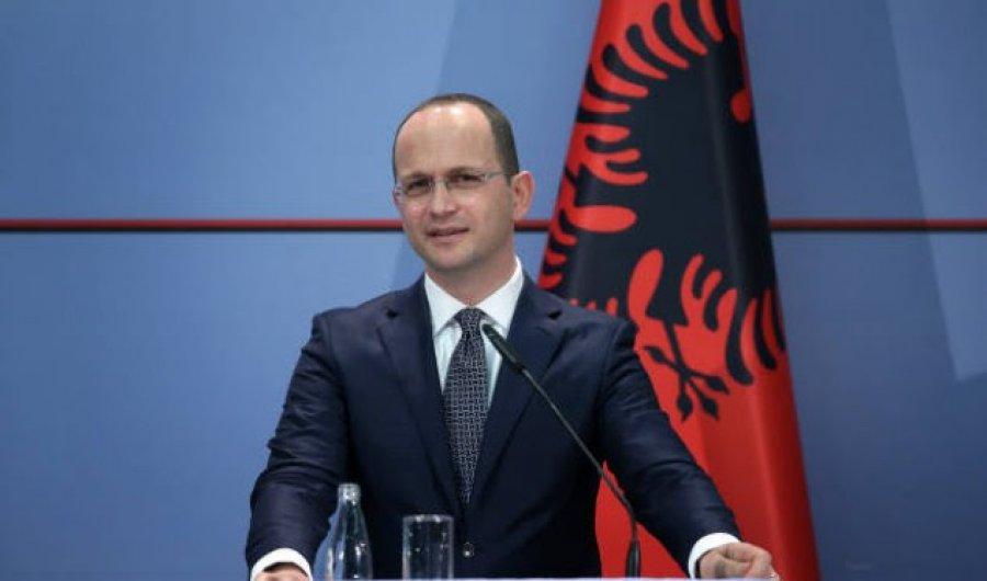 Bushati thotë se kufijtë Kosovë-Serbi duhet të shqyrtohen vetëm pas njohjes reciproke