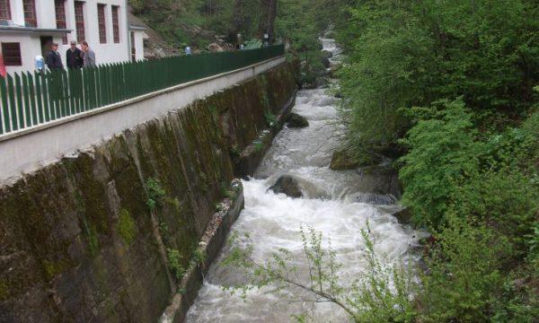 Asnjë hidrocentral në Kosovë nuk posedon leje mjedisore