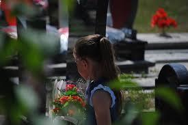 Kurti kujton masakrën e Studimes, thotë se duhet të ketë gjykime për kriminelët serbë