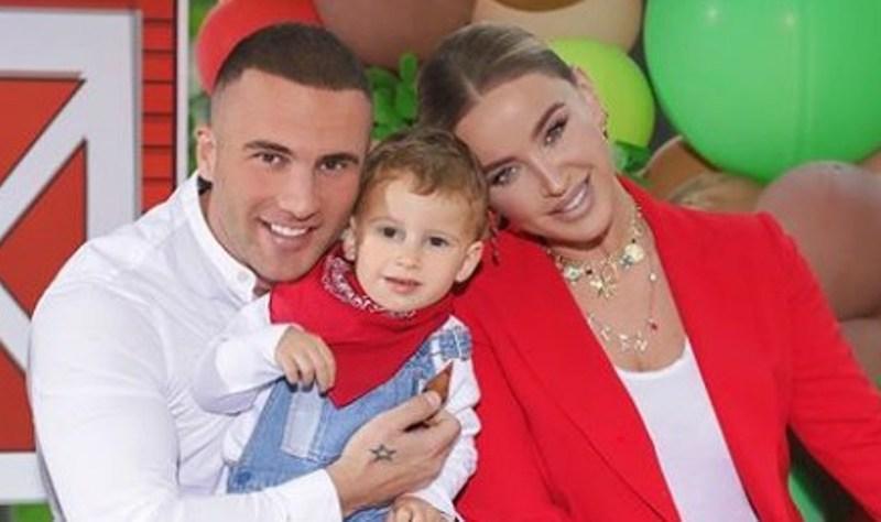 Tuna organizon festë madhështore për ditëlindjen e djalit, por ja si është veshur vet
