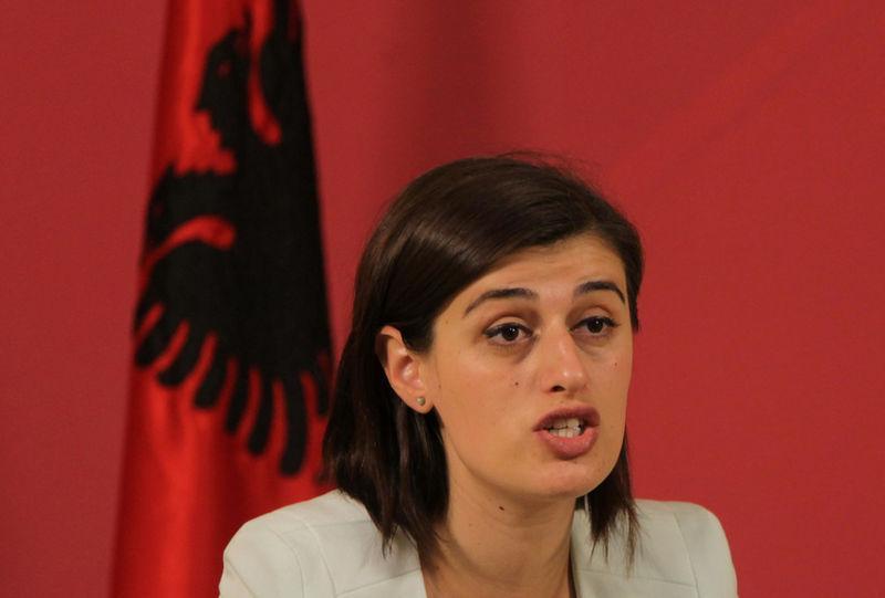 Saranda Bogujevci rrëfen historinë e masakrës së familjes së saj
