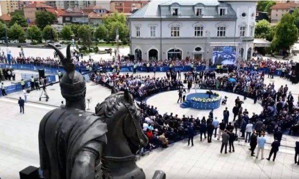 Logoja e NATO-s në ceremoninë e 20-vjetorit të çlirimit