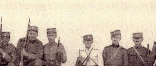Foto e tmerrshme e vitit 1925: Serbët masakrojnë pesë shqiptarë dhe pozojnë me trupat e tyre të vdekur
