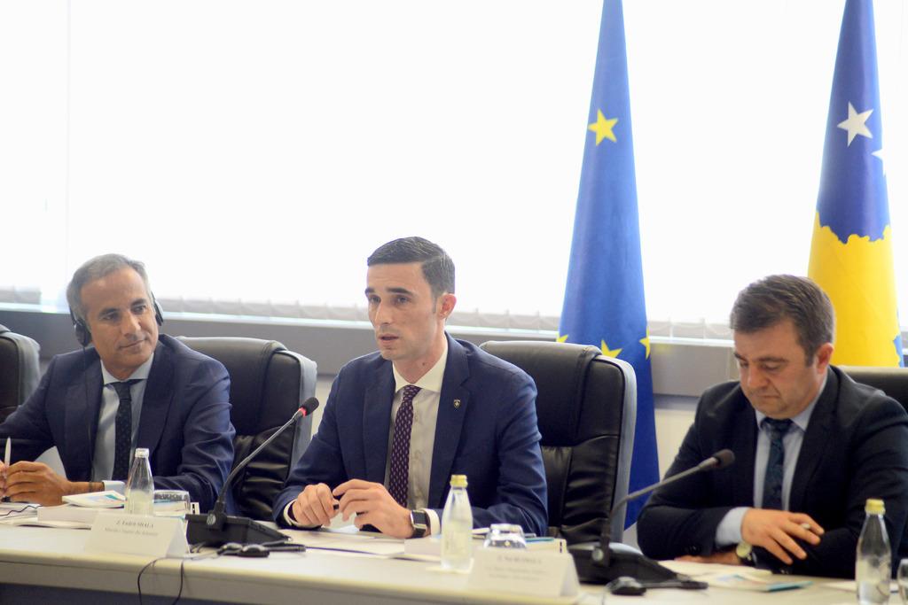 OECD vlerëson Kosovën ndër vendet që ka përparuar shumë në implementimin e Aktit të Biznesit të Vogël