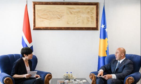 Haradinaj ministres norvegjeze: Marrëveshje finale me Serbinë vetëm në kufijtë aktual