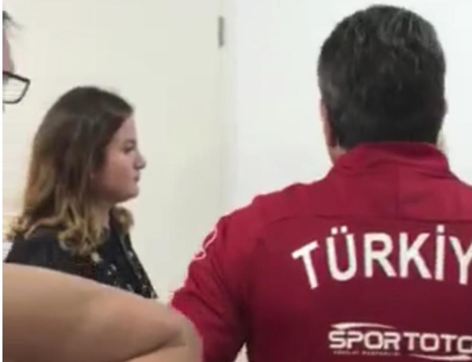 Skandal, turqit ankohen se sigurimi u'a ka rrahur portierin në ndeshjen me Kosovën (VIDEO)