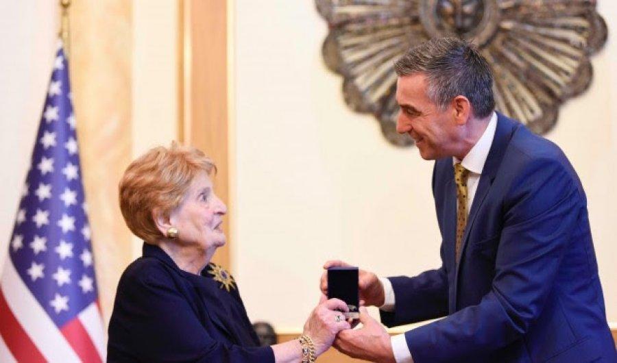 Albright: Kosova është e pavarur, meriton të njihet nga të gjithë