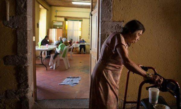 Mjerim: Brenda azilit të prostitutave që janë plakur